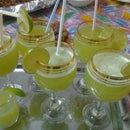 Make a Summer Icy Lemon/Mint Juice