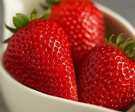 How to Grow Strawberries Out of Strawberries