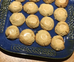 酮焦糖Thumbprint Cookies