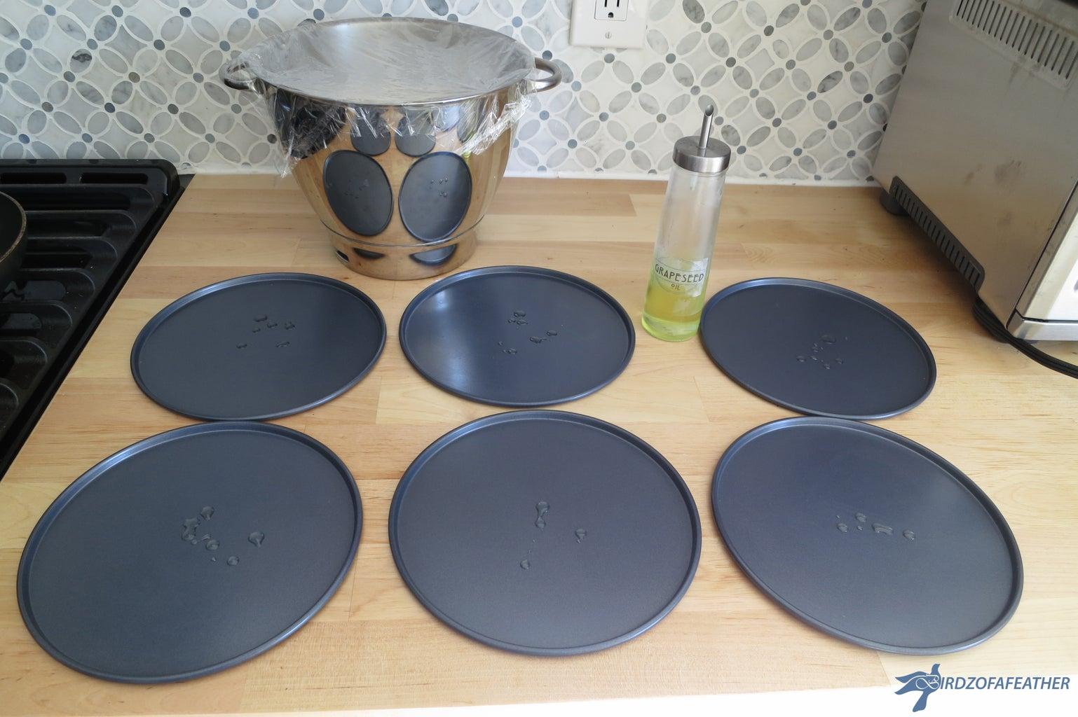 Prepare Mini Pizza Pans