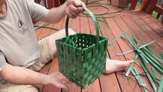 Making a Basket With a Handle