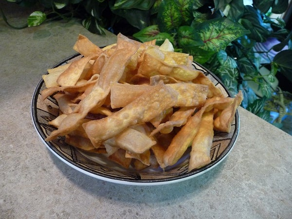 How to Fry Up Crispy Egg Noodle Chips