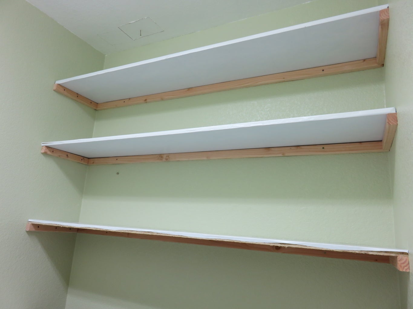 Fit Your Shelves.