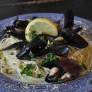 Mariners Mussels (Clams, Mussles & Angel Hair)