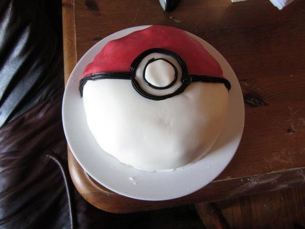 How to Make a Pokeball Cake (in HD!)