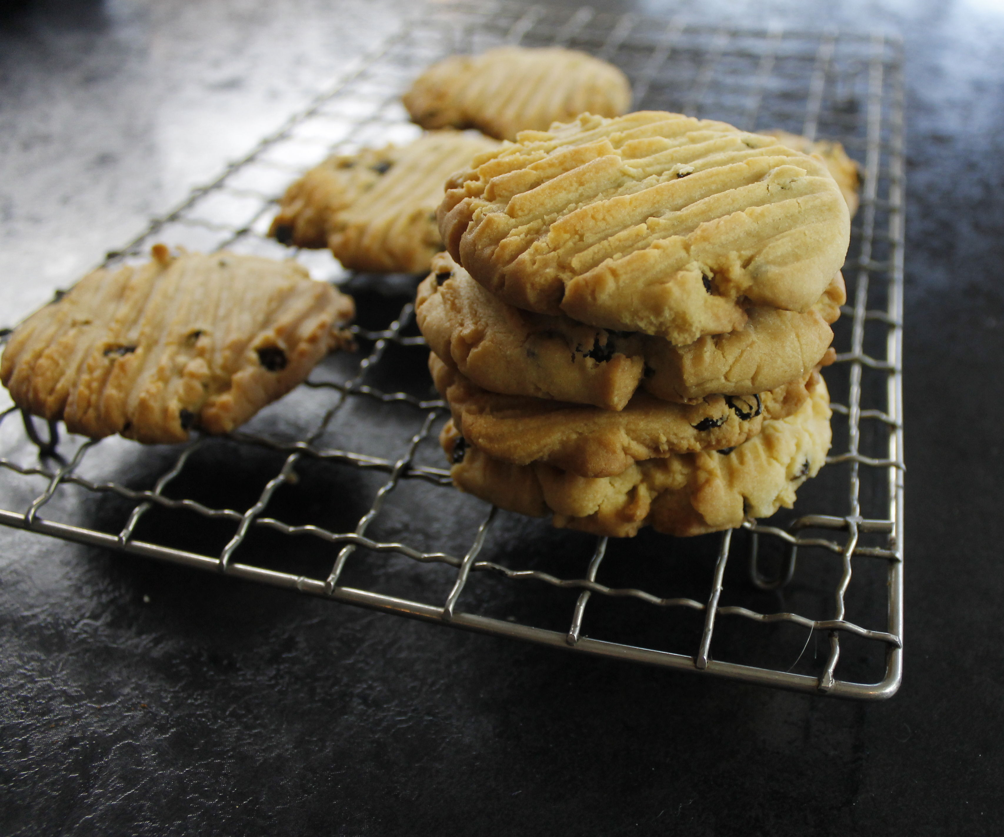 How to Make Currant Cookies