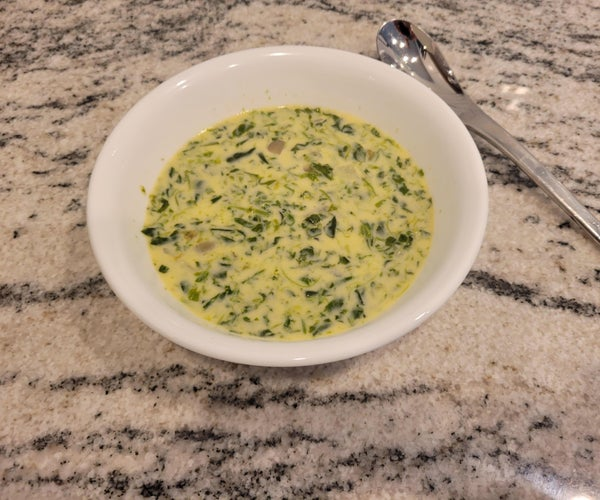 Spinach Soup With Cheesy Goodness