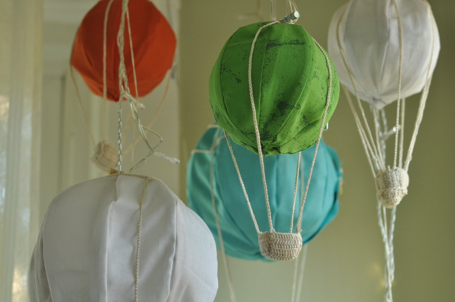 Miniature Hot Air Balloon Light