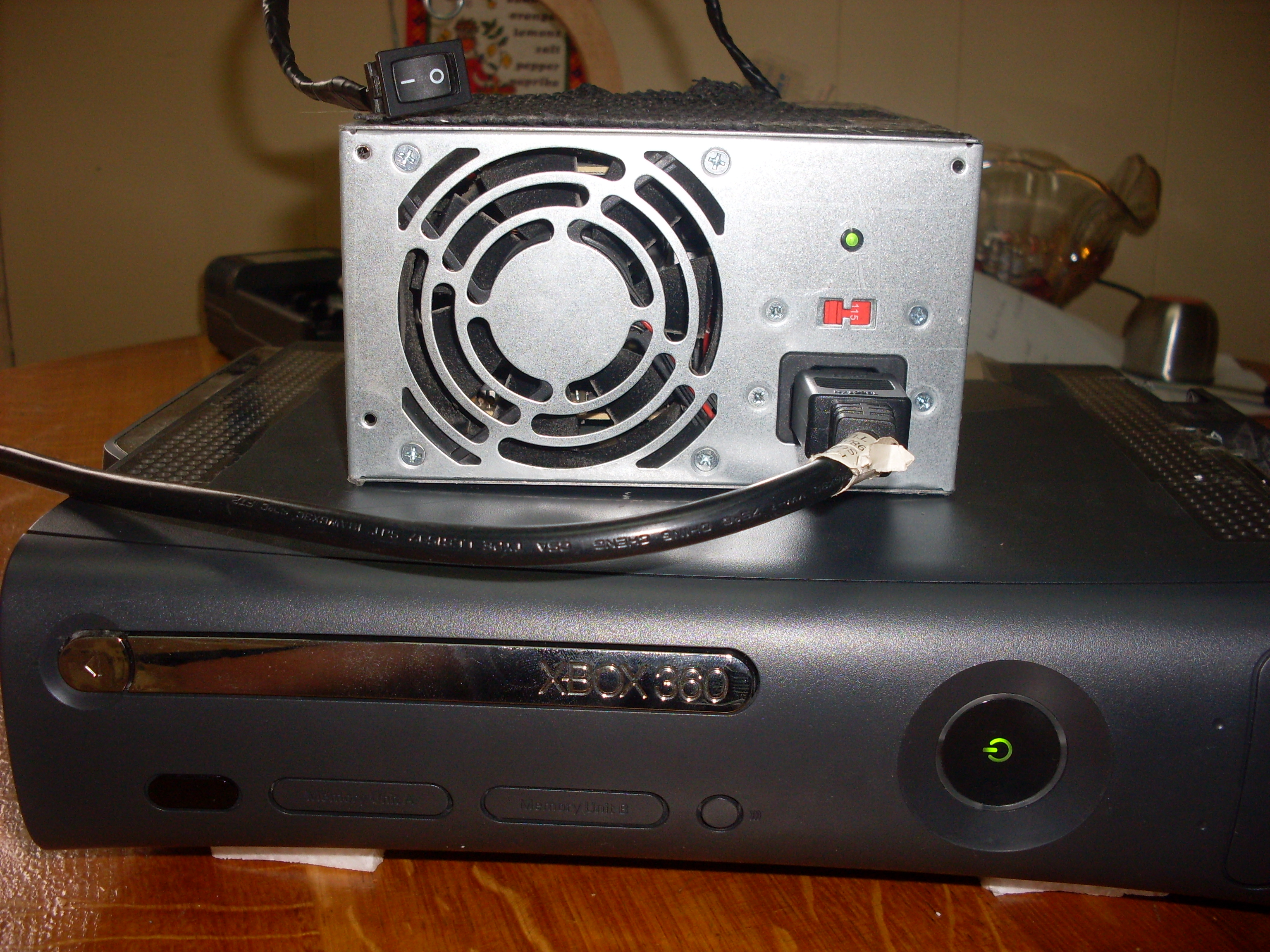 ATX power supply for an Xbox360 and Xbox 360 cooling mod!