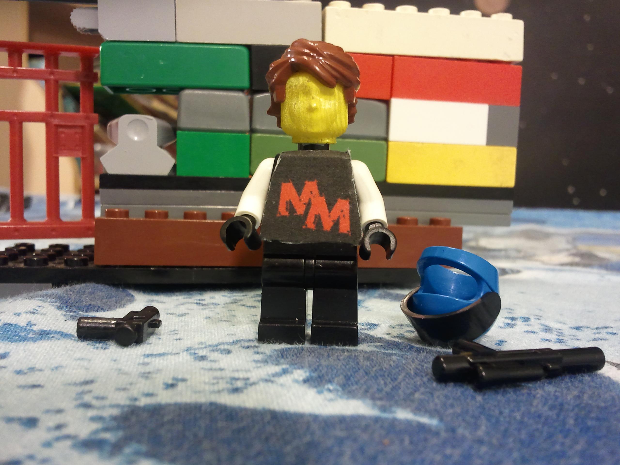 make a personalized 3D LEGO mini fig head