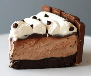 No-Bake Chocolate Cheesecake With Kit Kats