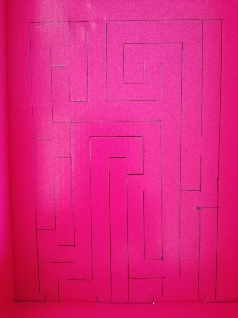 Draw the Maze
