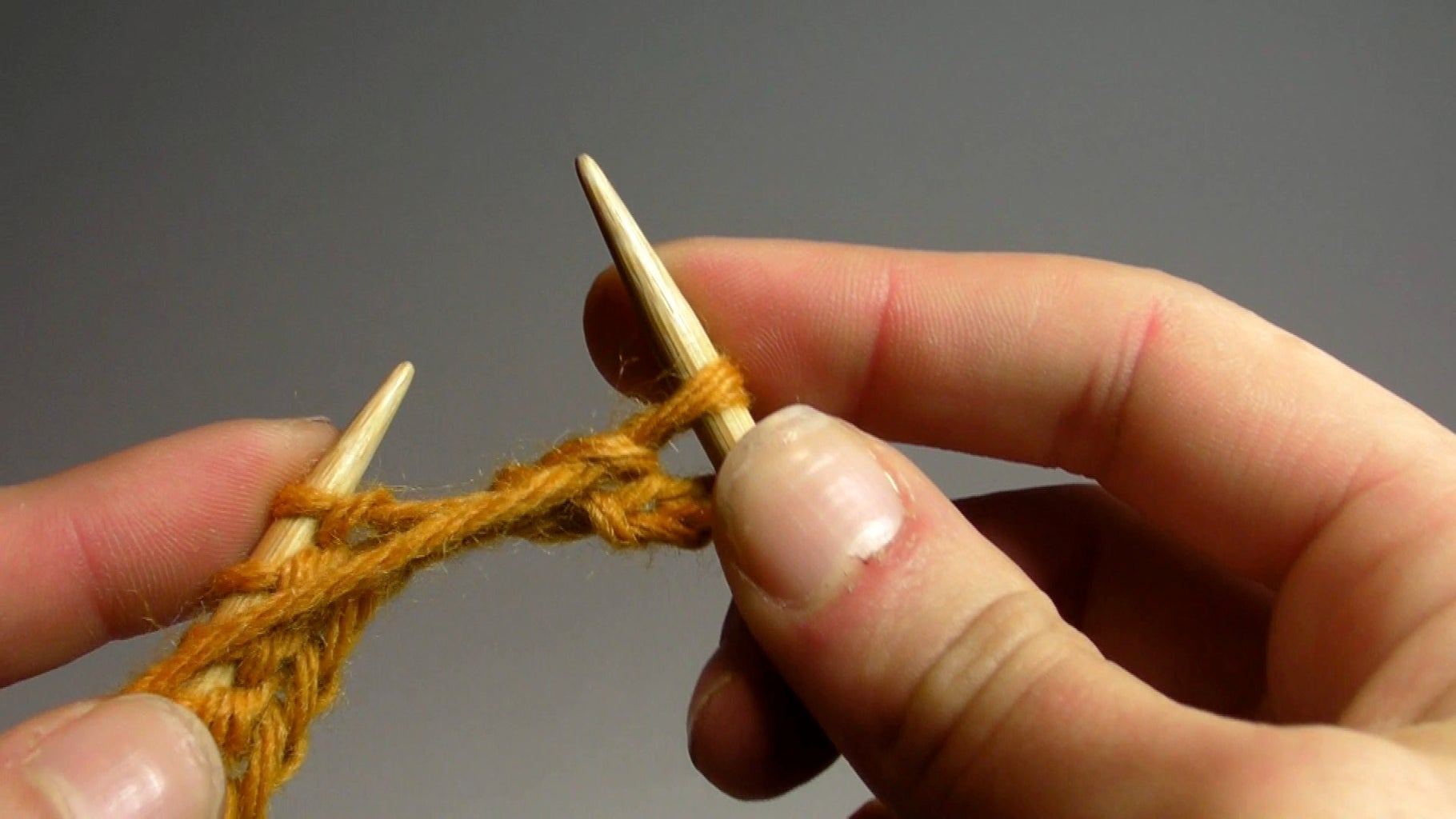 Knitting Lessons: the Purl Stitch