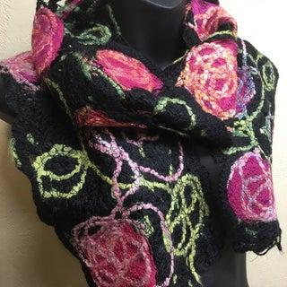 No knit Rose Crazy-Wool Scarf - 14.jpg