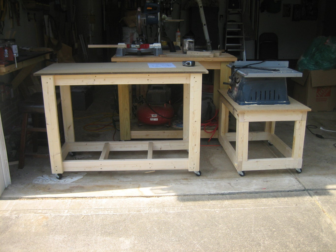 MY OUTFEED TABLE for Small Table Saw