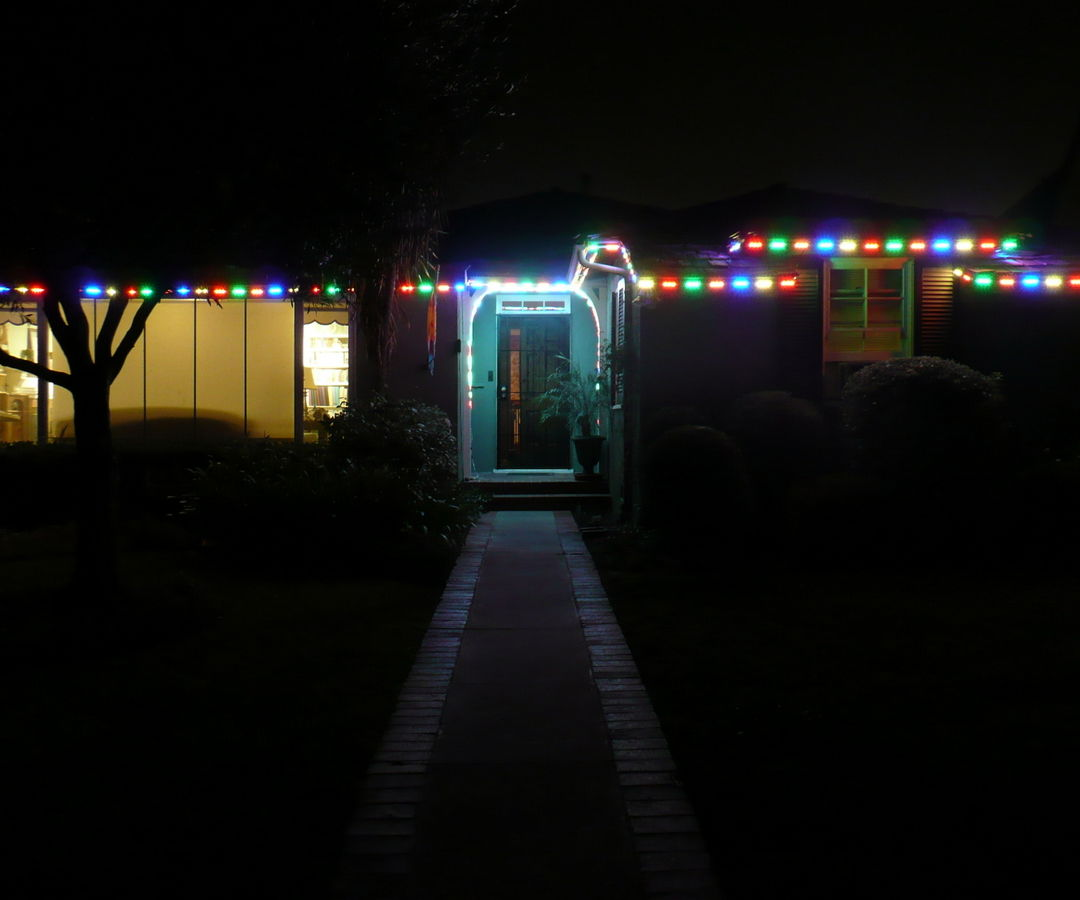 Web Controlled Holiday House Lighting