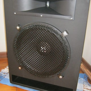 Off-Grid Party Sound Systems