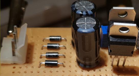 Simple Split Power Supply 5V