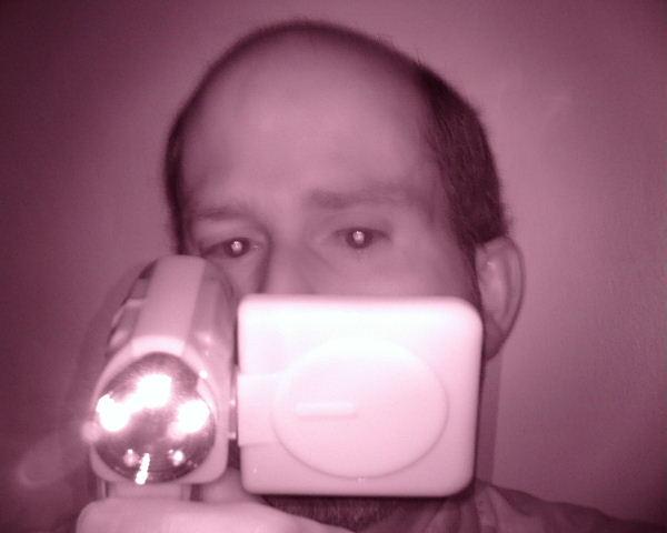 Infrared night vision digital camera/camcorder