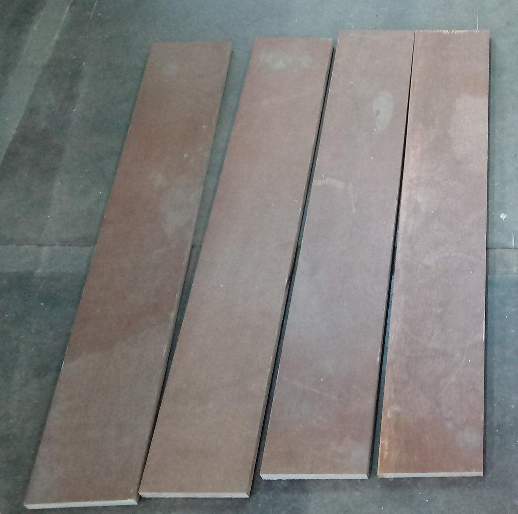 Side Panels : Cut