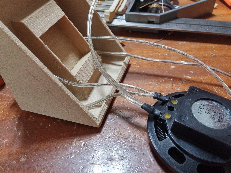 Wiring the Speaker