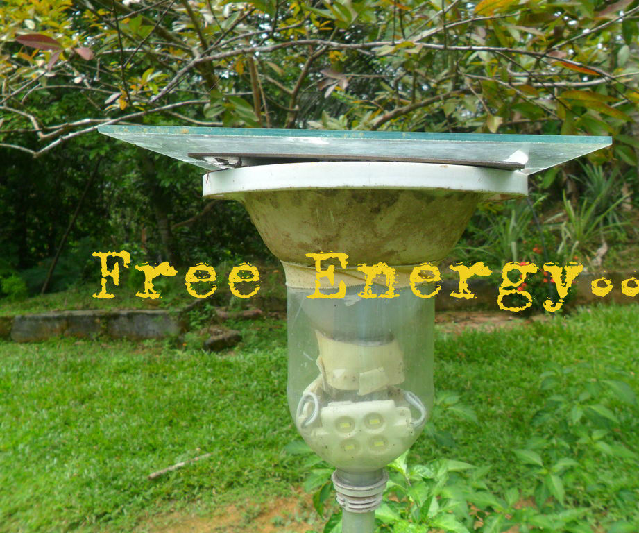 Automatic High Power Garden Lamp ( using waste )