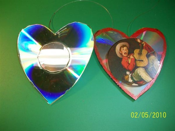 VALENTINES FOR LOVED ONES WITH CD DISCS