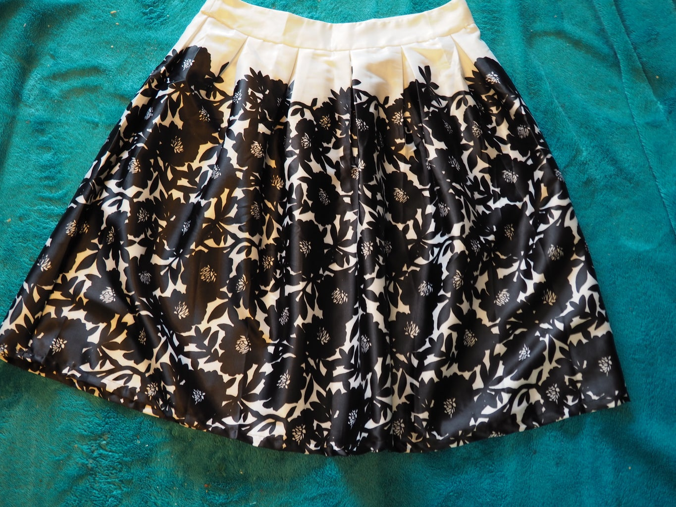 Top Made From a Skirt, Without Pattern