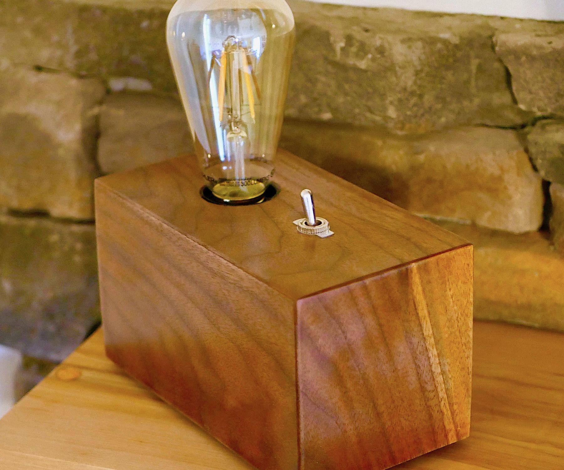 Walnut Edison Bulb Lamp DIY