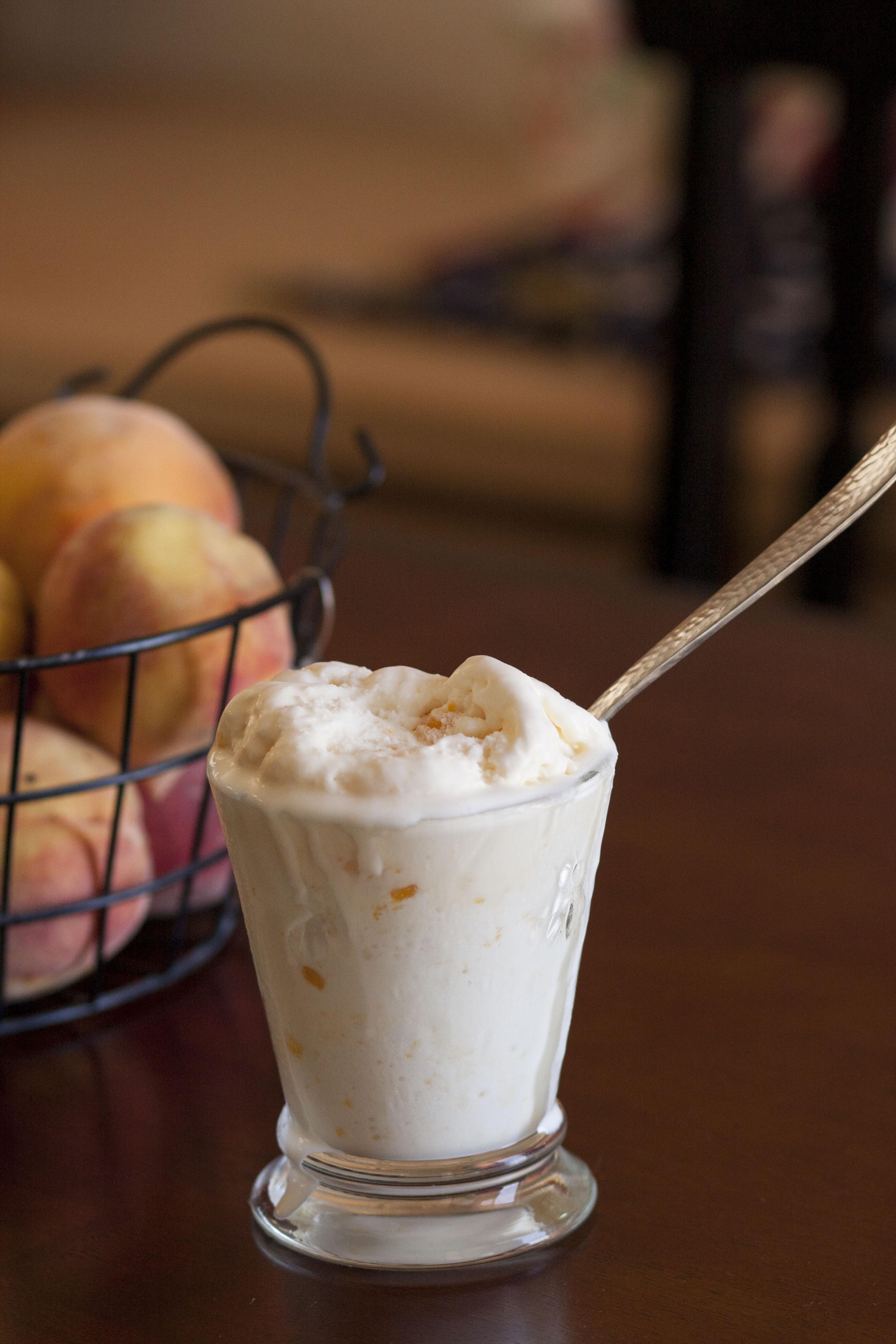 Peaches And Cream Ice cream