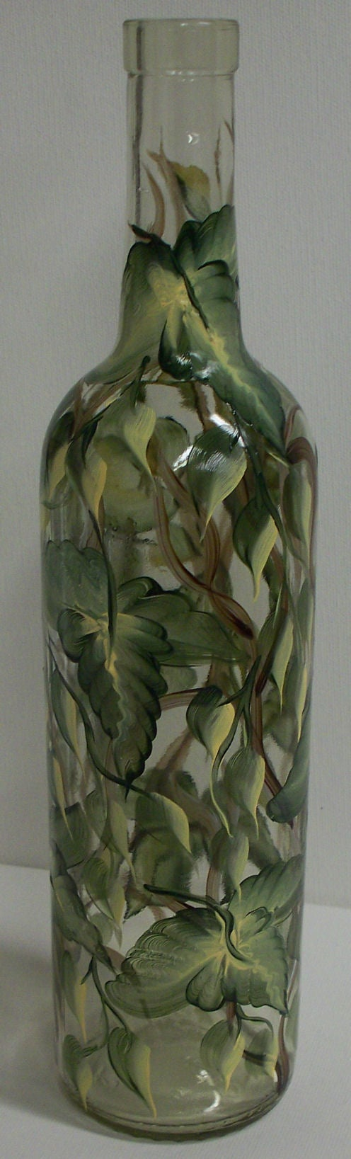 Paint the Leaves on Your Bottle
