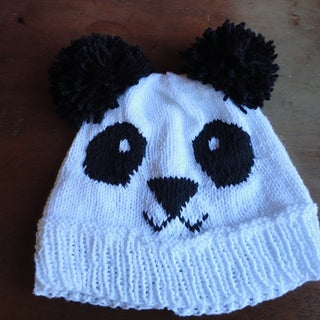 DIY: Knitted Panda Hat