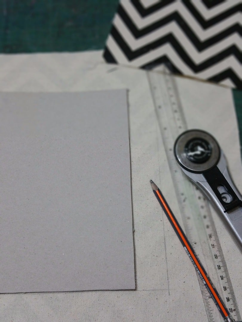 Cutting & Glueing the Boards