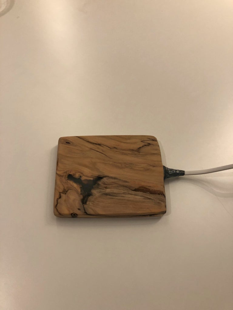 Wireless Charger of Olive Wood