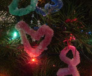 How to Make Borax Crystal Decorations to Impress and Amaze the Kids