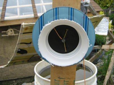 Clock Based solar tracker experiment