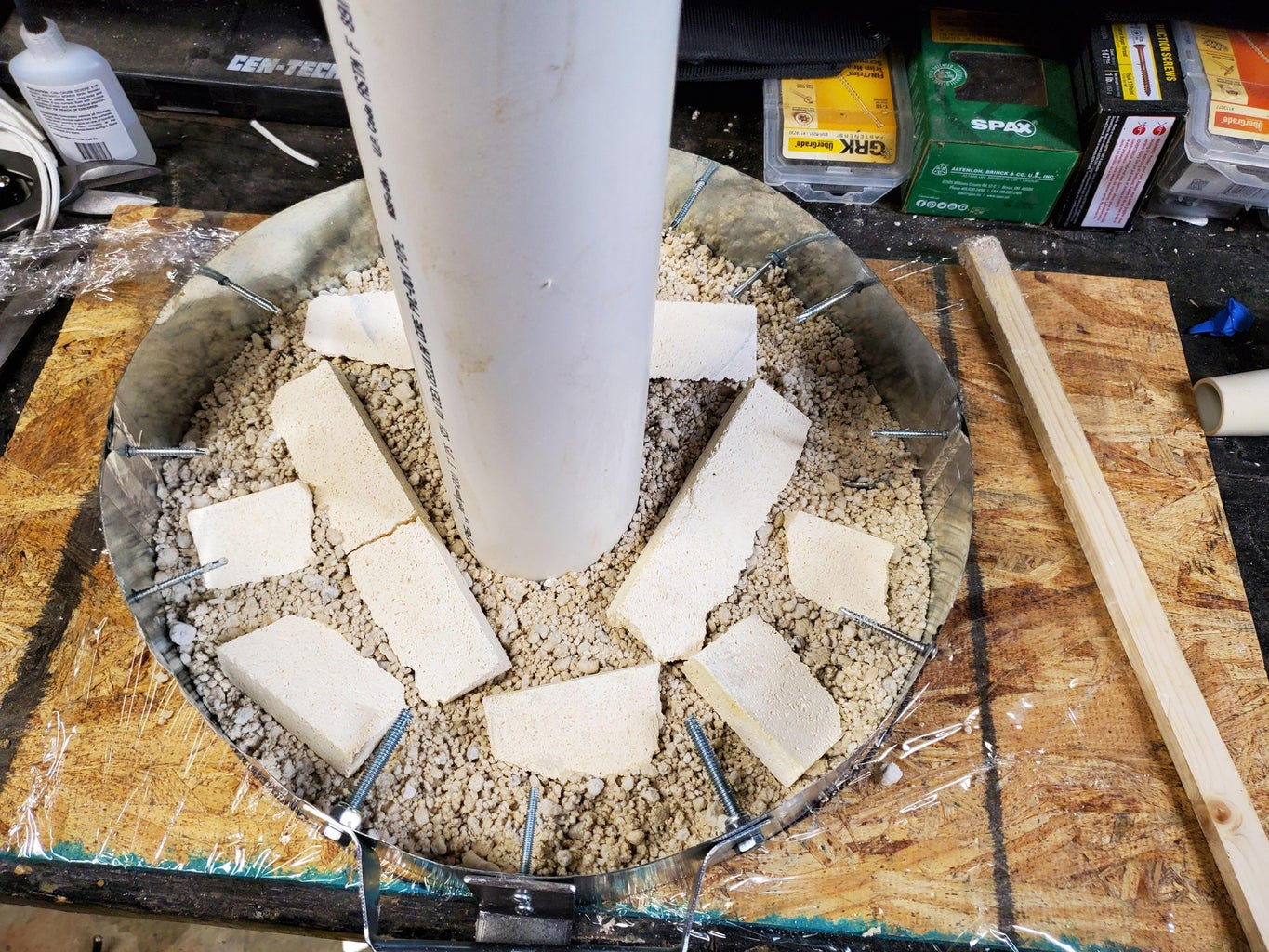 Filling the Lid With Castable Refractory