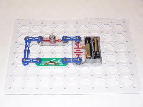Introduction to the Electric Switch Using Snap Circuits