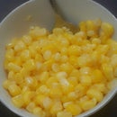 hey my loves, today i am gonna show you the really simple amazing delecious corn that you can eat it for lunch or just for watching TV or anything