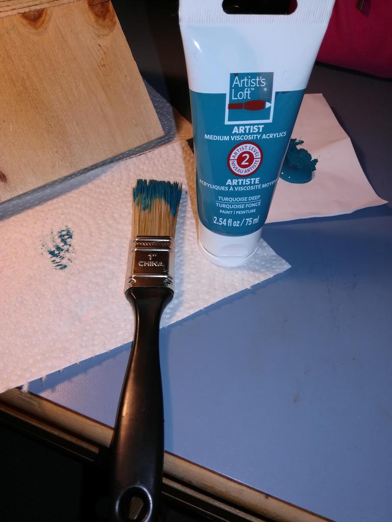 Paint (optional)