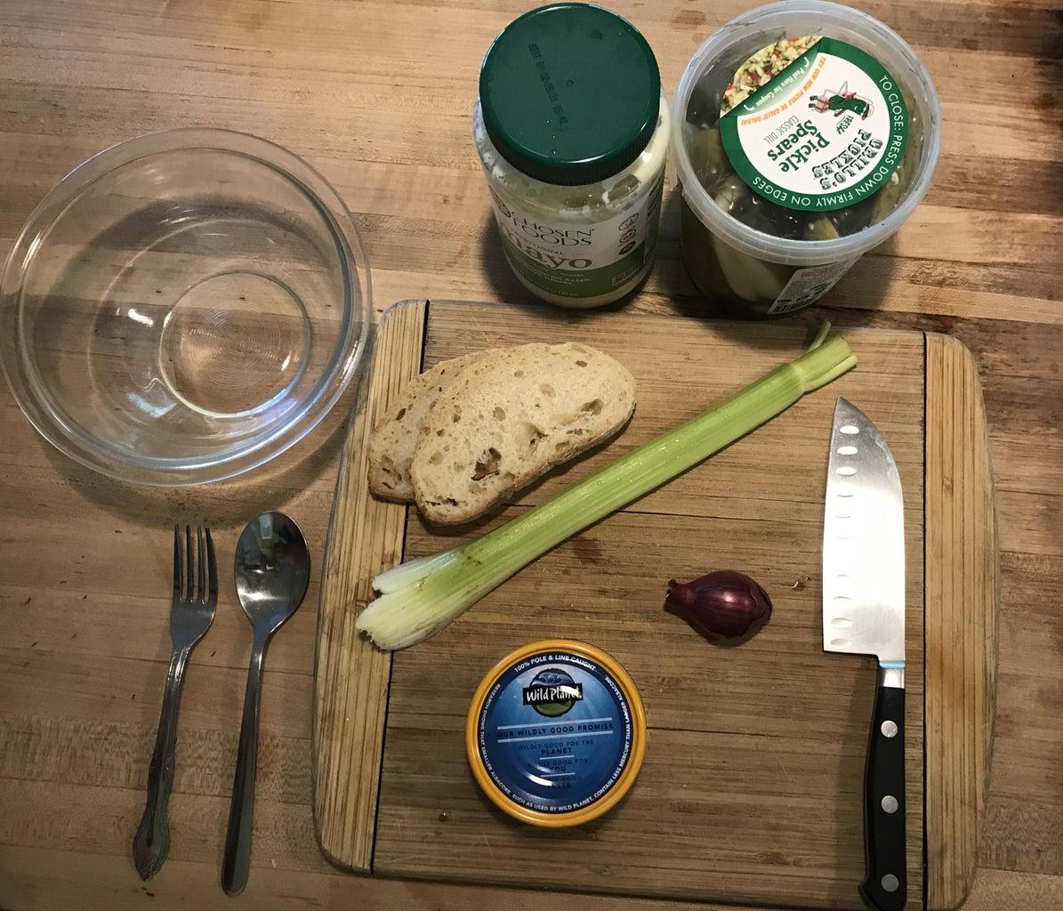 How to Make a Tuna Salad Sandwich