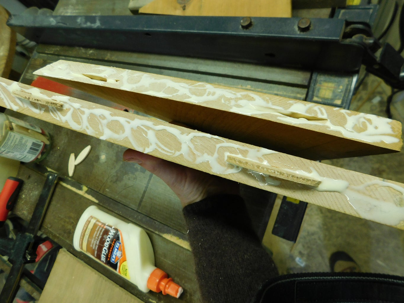 Biscuit Joinery for the Hex Roof