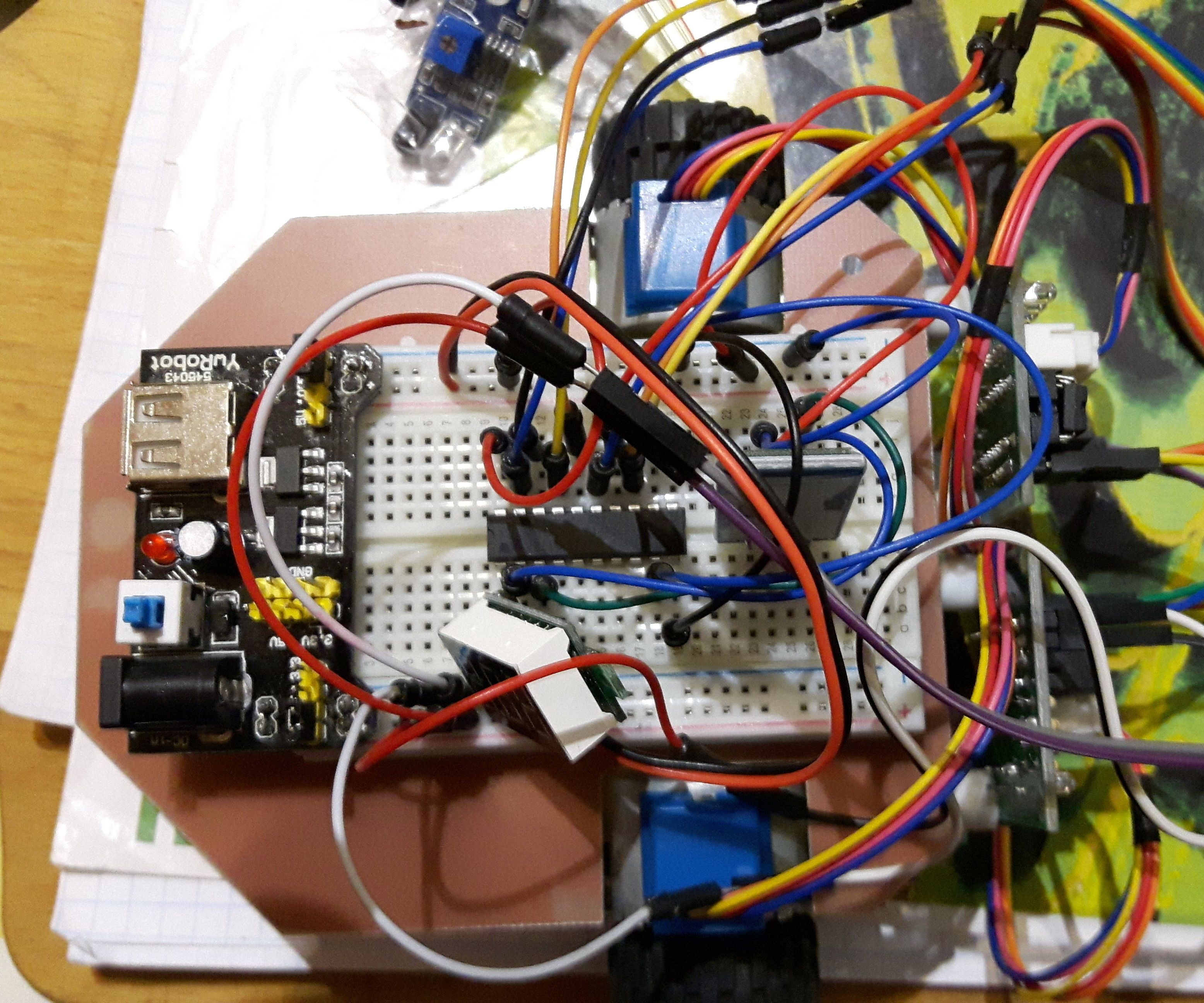 Robot Attiny2313 with Bluetooth HC06 and stepper motors