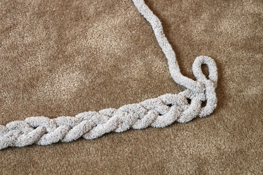 The First Full Row After the Chain - Creating a Braided Bottom