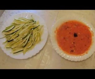 Raw Zucchini Spaghetti With Tomato Sauce