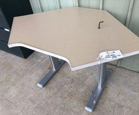 """Throwaway"" Steelcase Desks Made New"