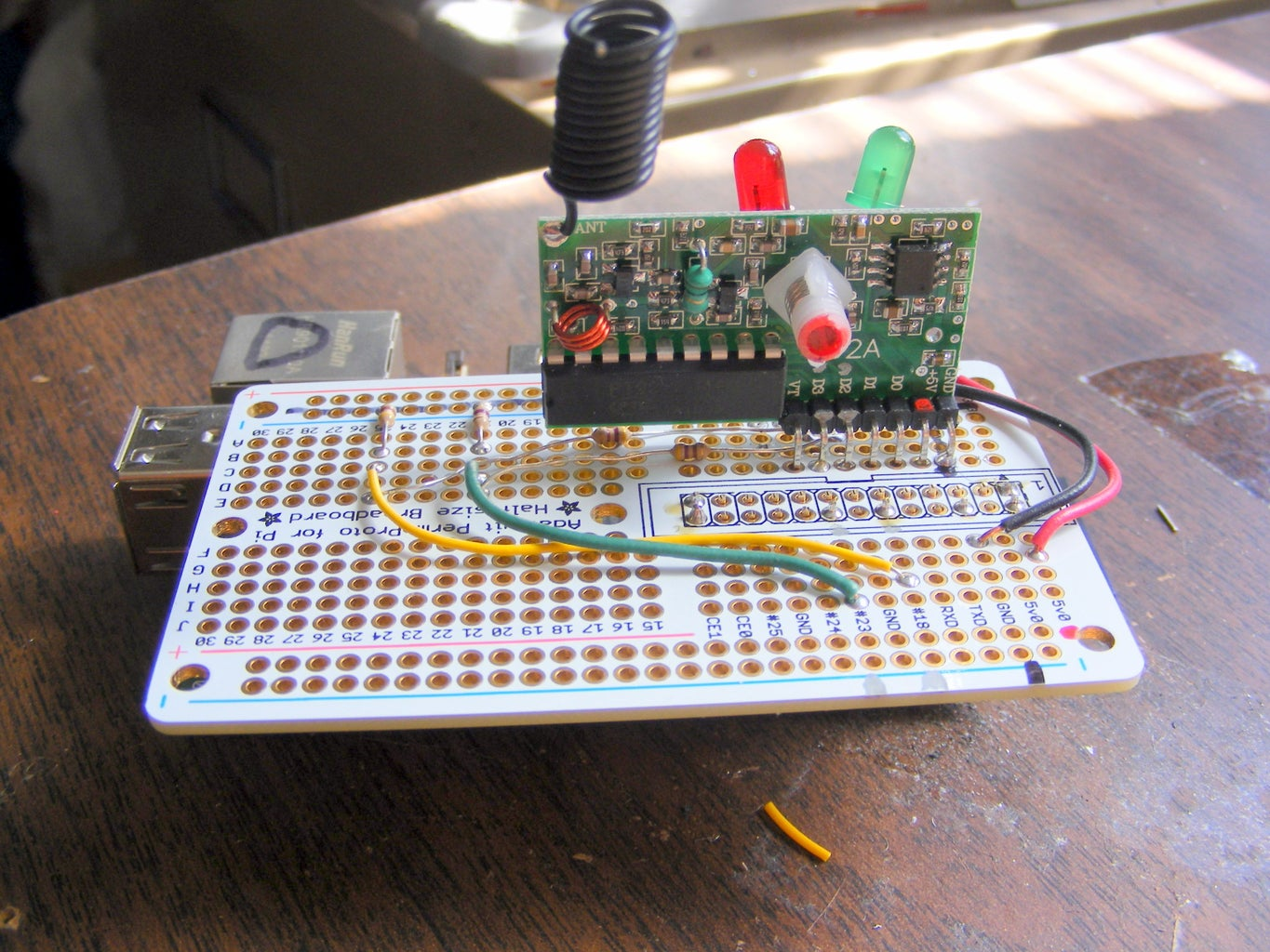Build and Test Circuit to Connect 315 MHz Receiver to Raspberry Pi