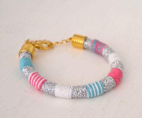 ♥ DIY Friendship Bracelet | Quick & Easy