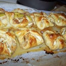 Apple and Brie Hand Pies