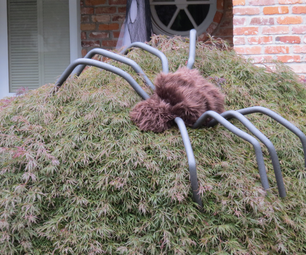 Six-Foot Wide Spider Decorations!